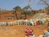 sacos de mineral