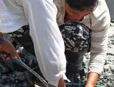 Selector de minerales mujeres en Cauca Colombia