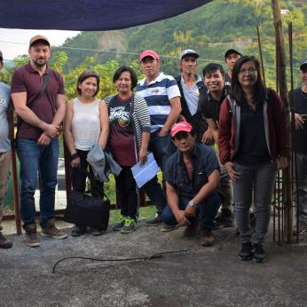 planetGOLD Philippines team members with members of Loakan Itogon Pocket Miners Association (LIPMA)