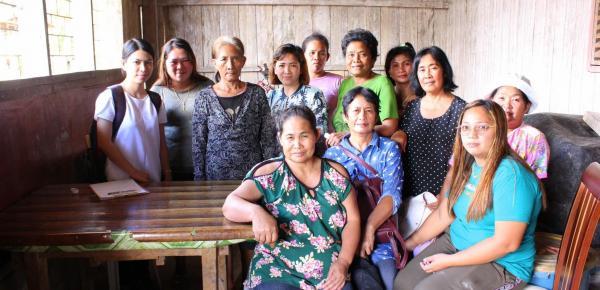 Reunión con grupo de mujeres en Agusan del Sur Filipinas